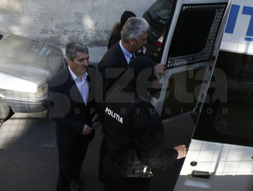 Avram şi Ţerbea azi, la Curtea de Apel Bucureşti Foto: Alex Nicodim