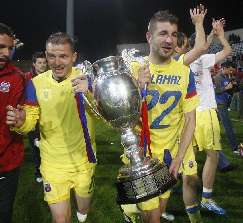 Steaua a fost eliminată de Poli Timişoara şi nu-şi va mai apăra trofeul cîştigat în sezonul trecut