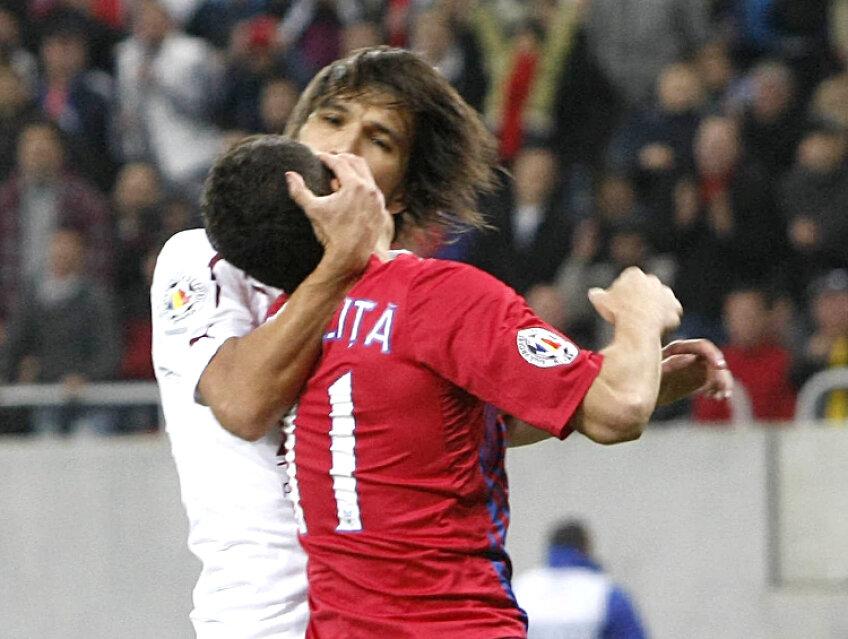 Alexa şi Prepeliţă au fost eliminaţi în minutul 70 al meciului Steaua - Rapid 0-0