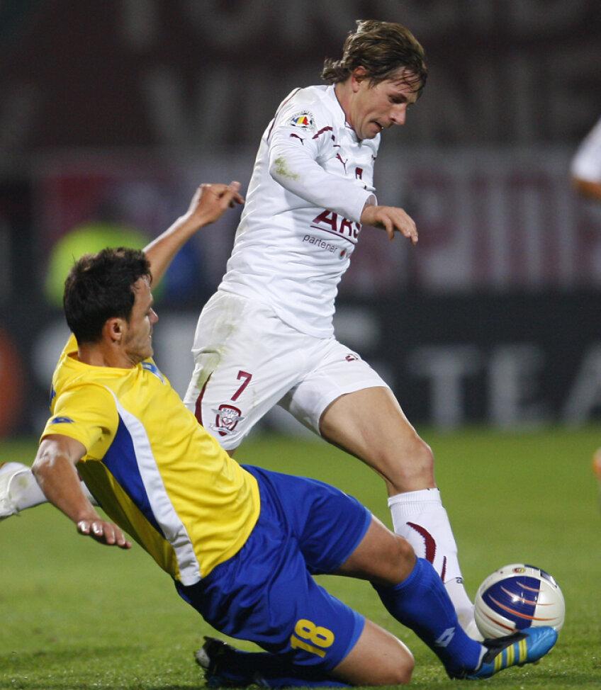 Ciprian Deac a pasat decisiv la golul lui Cassio si a inscris din lovitura libera