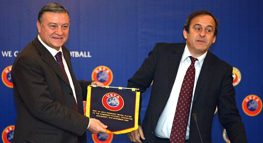 Mircea Sandu l-a sprijinit pe Platini la șefia UEFA, atrăgînd spre francez voturile federațiilor din Est. FOTO Cristi Preda