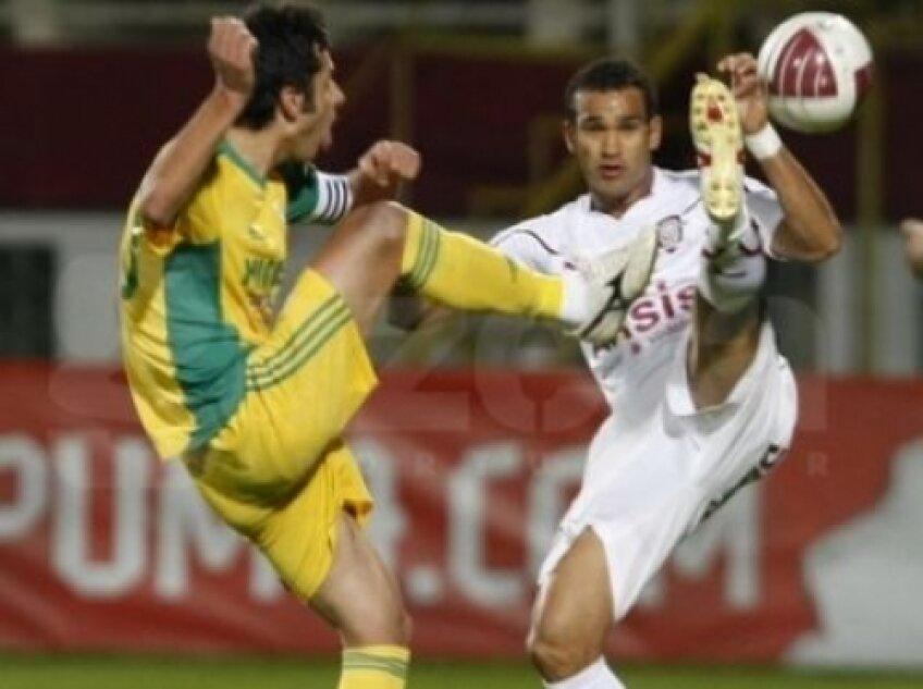 Nicolae Dica a fost eliminat in meciul de la Chiajna pentru un cot in figura aplicat lui Vitinha