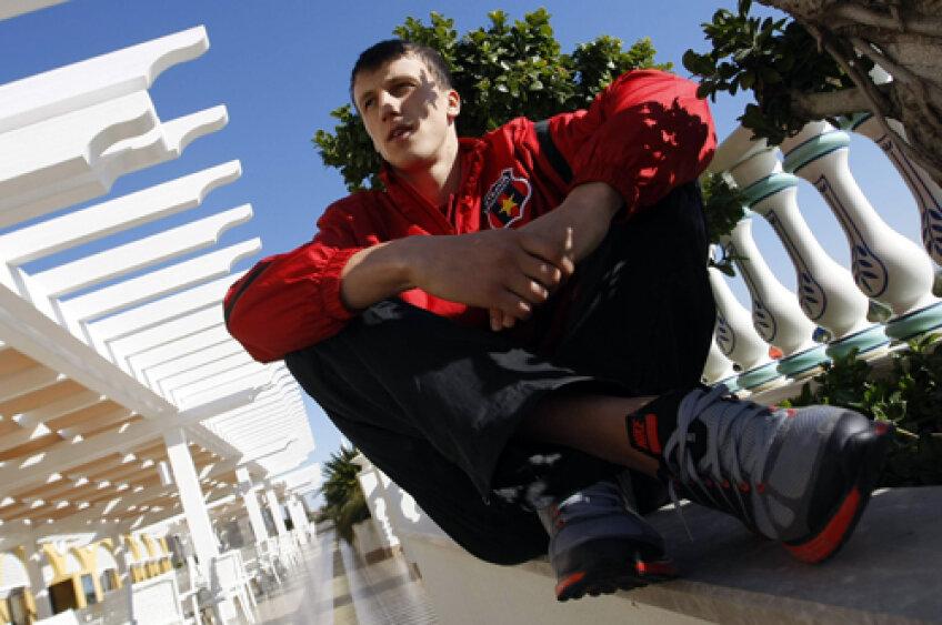 La doar 22 de ani, Chiricheş e deja trecut prin fotbal: a fost la Benfica, a jucat la