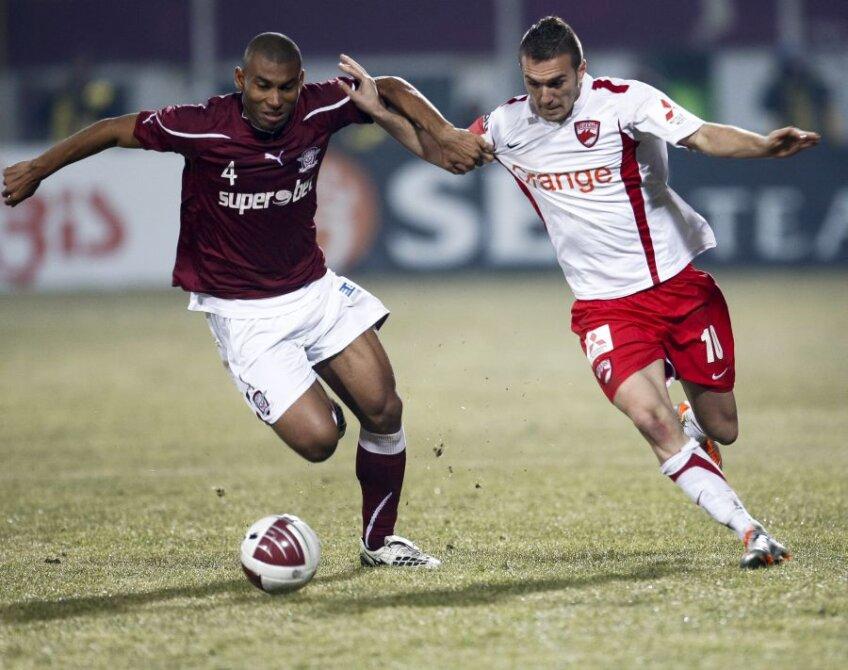 Marcos Antonio şi Marius Alexe se vor înfrunta diseară în Rapid - Dinamo