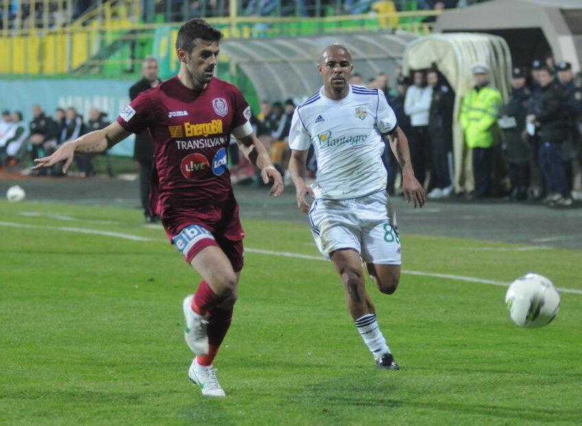 Ricardo Cadu(stînga) s-a adaptat foarte bine la CFR Cluj