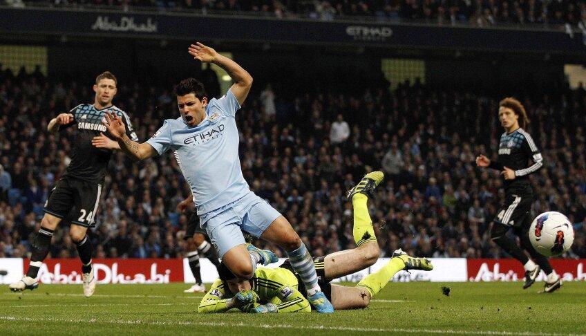 De la duelul cu Chelsea (2-1) din 21 martie i se trag lui Aguero ultimele necazuri (foto: Reuters)