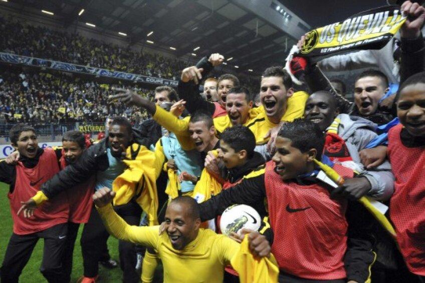 Bucuria jucătorilor de la Quevilly după meciul cu Rennes.