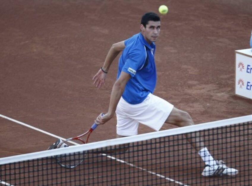 Victor Hănescu mai are nevoie de o victorie pentru a se califica pe tabloul principal de la Monte Carlo
