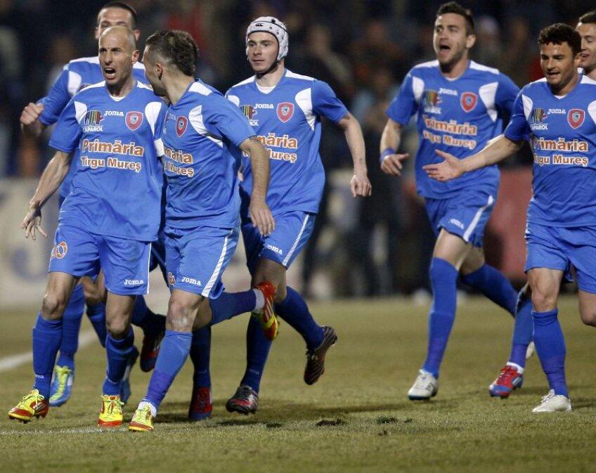 Ilyeş a marcat primul gol al meciului.