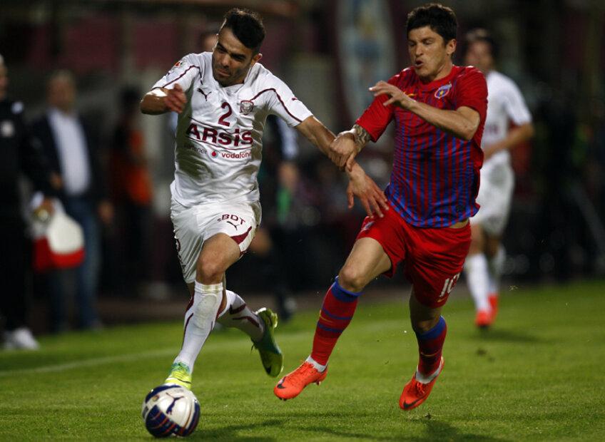Duarte l-a scăpat o dată din marcaj pe Tănase, care a şi marcat pentru 0-1