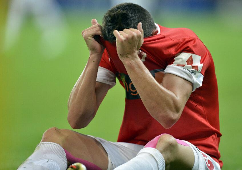 Aproximativ 300.000 de euro trebuie să plătească acționarii pentru salariile lunare ale jucătorilor