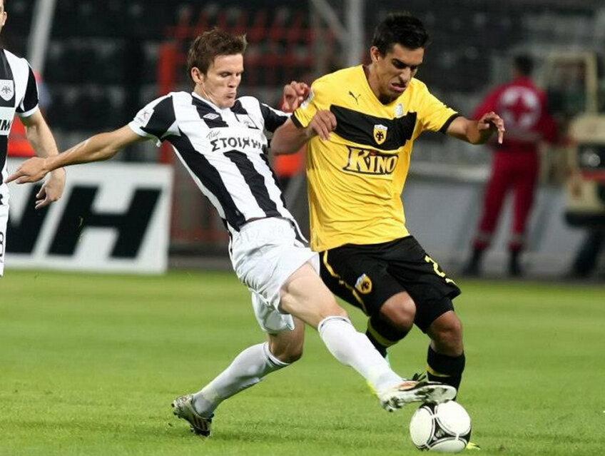 Giannis Kontoes s-a duelat cu românul Costin Lazăr în meciul PAOK - AEK 1-0, disputat pe 20 octombrie