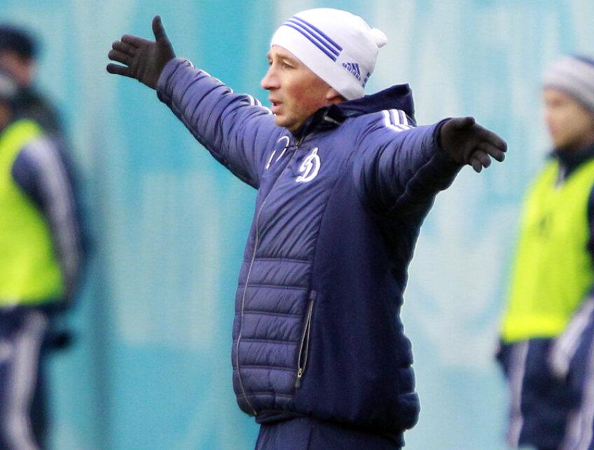 Petrescu a antrenat două echipe în acest an: Kuban şi Dinamo Moscova.
