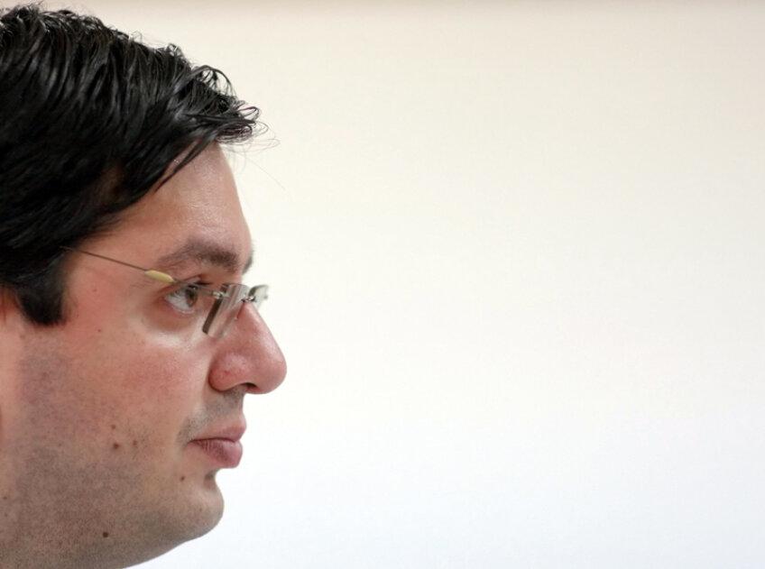 Nicolae Bănicioiu a cîştigat şefia MTS în defavoarea lui Alin Petrache.