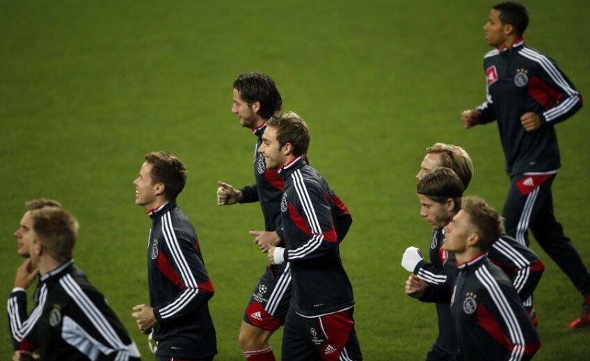 Jucătorii lui Ajax la un antrenament. foto: Reuters