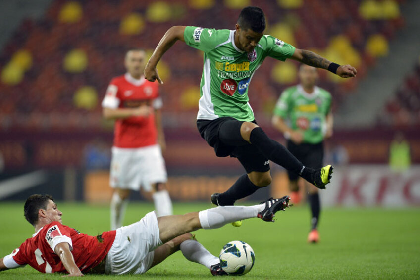 Bastos a strălucit în meciurile cu Braga (2-0, 3-1). În Portugalia, brazilianul a reușit o
