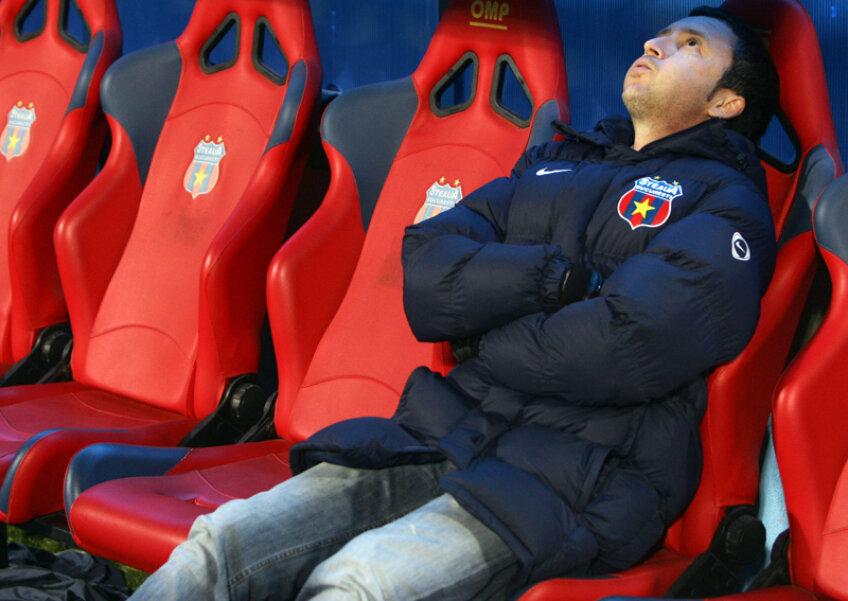 Mihai Stoica vrea să îi adune pe toţi suporterii într-un loc la meciul din Olanda.