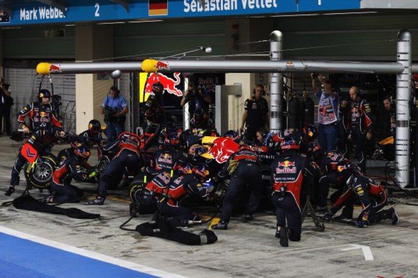 Cel mai rapid schimb de pneuri în sezonul 2012: Button, 2,31 secunde