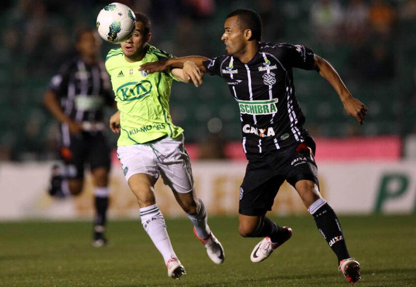 Helder Silva Santos într-un meci din campionatul brazilian