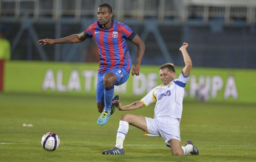 Varela nu a reușit pînă acum să impresioneze în tricoul Stelei, deși s-a plătit un milion de euro pentru el