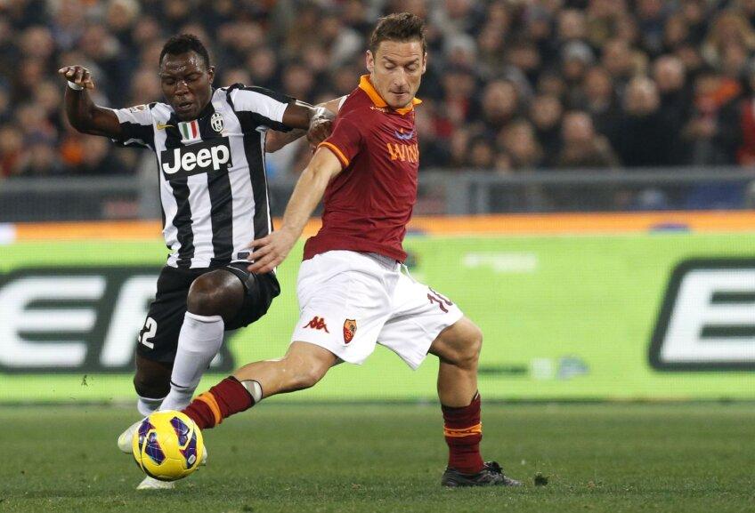 230 de goluri a marcat Totti (dreapta), 37 de ani, în 545 de apariții în tricoul Romei