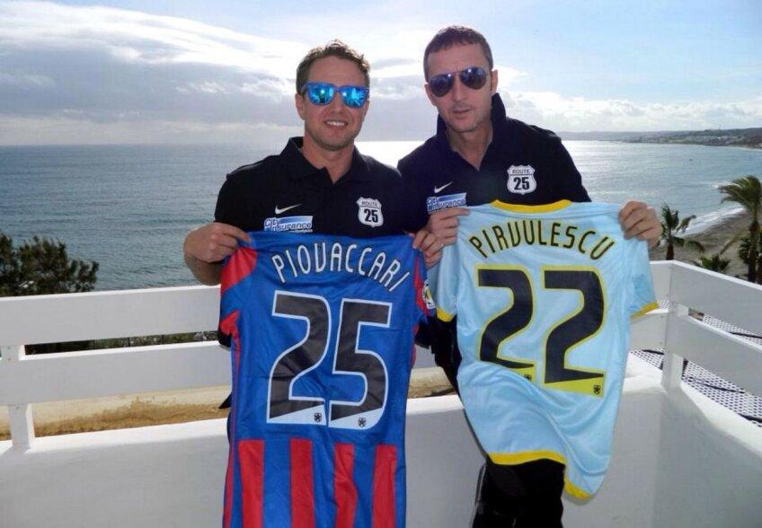 La scurt timp după tragerea la sorţi, Reghe şi MM au pozat cu tricourile lui Piovaccari şi Pîrvulescu, mesajul fiind