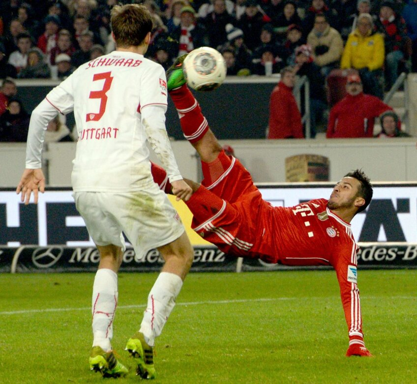 Semifoarfeca lui Thiago i-a adus lui Bayern un triumf în prelungiri la Stuttgart