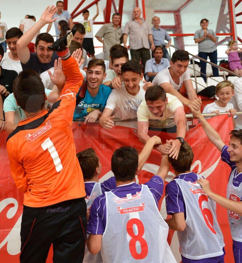 Cîştigătorii Cupei Coca-Cola la băieţi, elevii liceului bucureştean