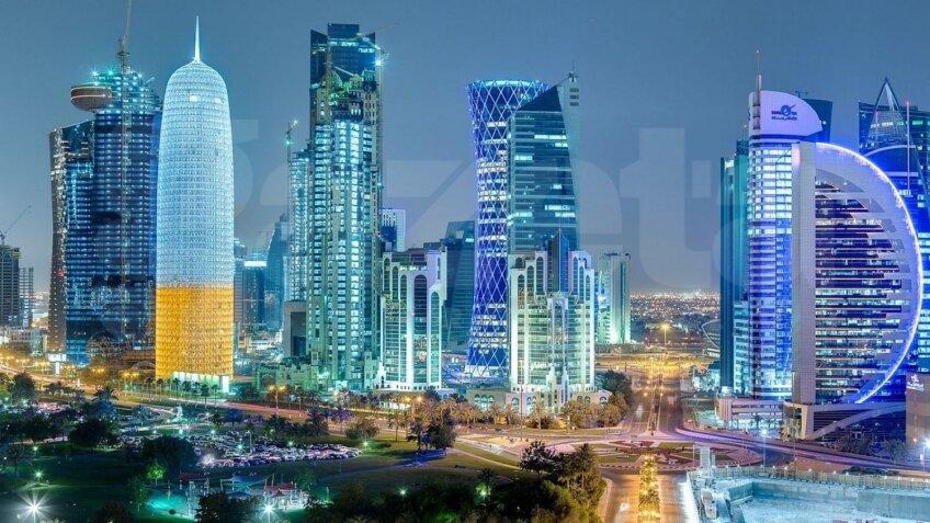 Doha pare un Manhattan decupat de la New York şi mutat în deşert