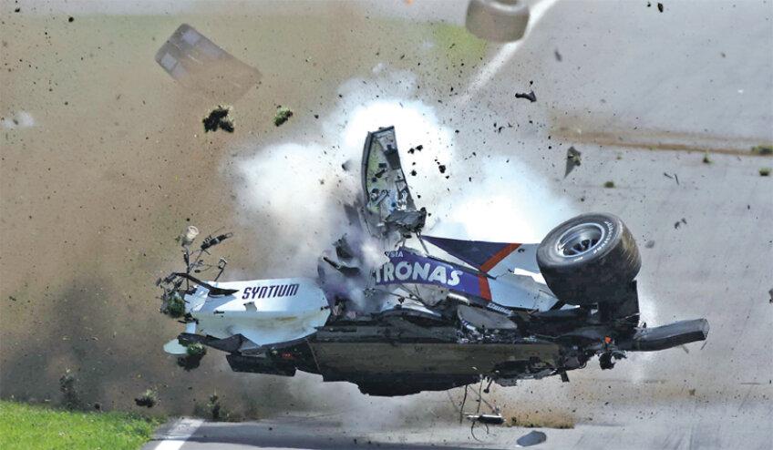 Kubica a suferit un accident groaznic
