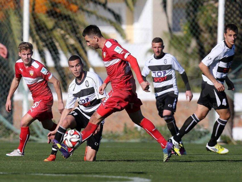 În testul cu KF Laci, Ibisevici (în roșu) a marcat două goluri pentru VfB