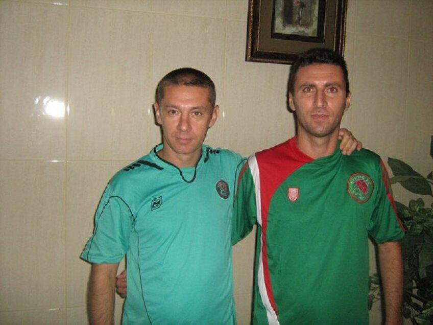 Mihai Oancea (dreapta)