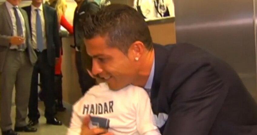 Cristiano Ronaldo & Haidar ► Foto: mirror.co.uk