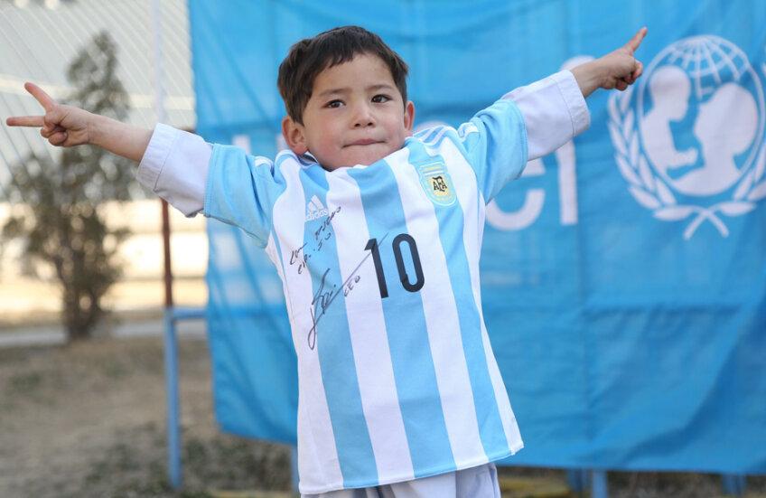 Murtaza, în tricoul cu dedicație de la Messi