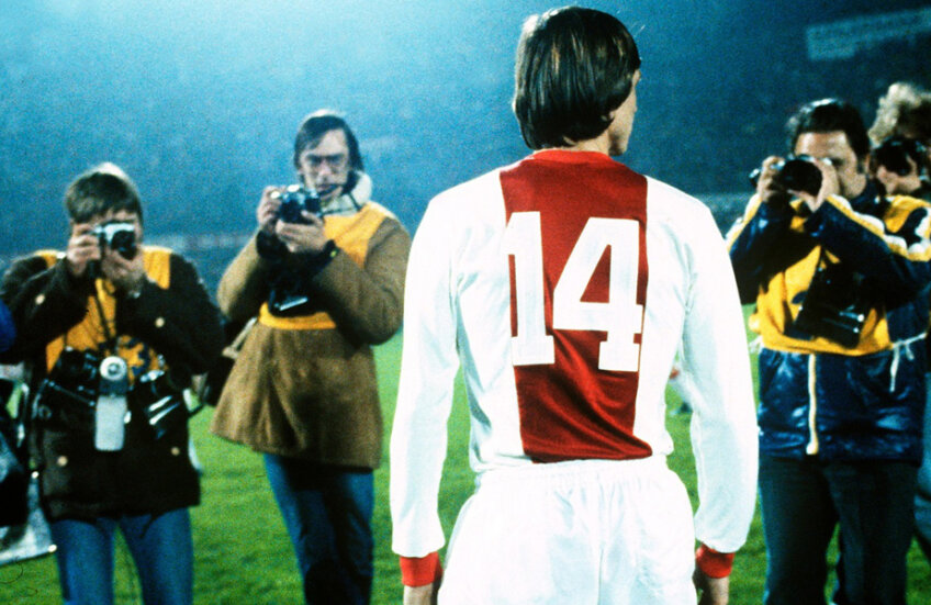 Numărul 14, cel mai important număr din istoria fotbalului olandez. Al lui Johan Cruyff