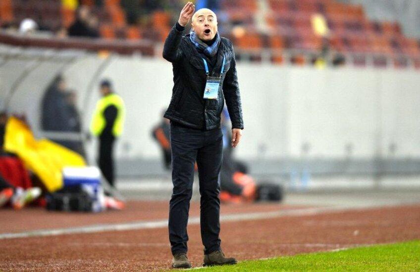 Grozavu, 49 de ani, a pregătit în carieră pe Luceafărul Oradea, Gaz Metan și FC Botoșani