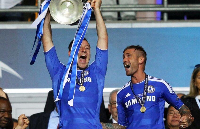 Terry a ridicat trofeul UCL în 2012, dar nu a jucat în finală // FOTO: Guliver/GettyImages