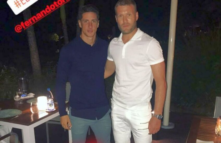 Imagine cu Adam Nemec și Fernando Torres postată de slovac pe Instagram story