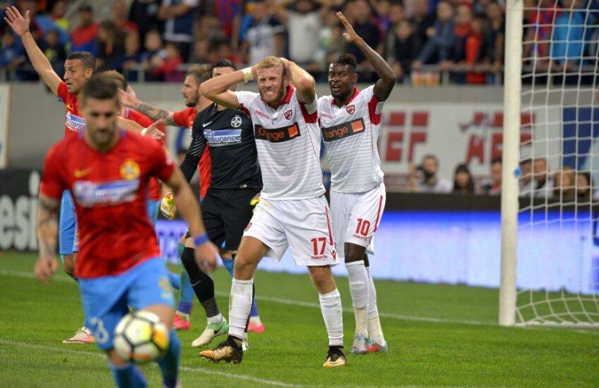 """2 goluri are Nemec pentru """"câini"""" în actuala ediţie de Liga 1 în 12 meciuri, Bokila n-are niciunul în 3 partide FOTO Cristi Preda"""
