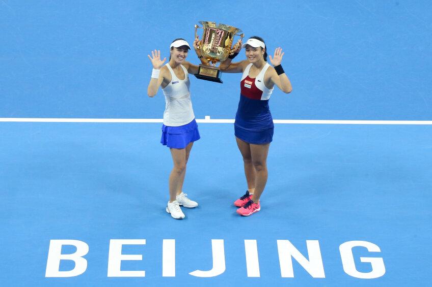 Martina Hingis (stânga) Foto: Reuters