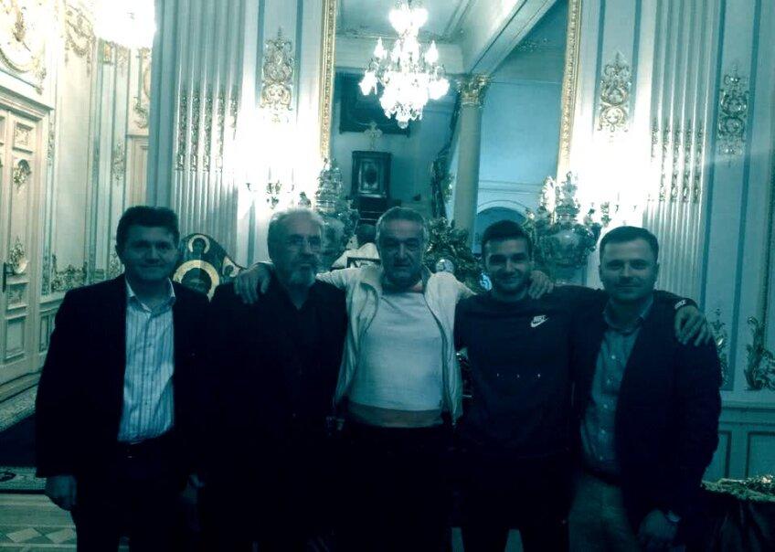 Poză de la negocierile de la reședința lui George Becali. Zaporojanu, tatăl lui Qaka și Timofei Cârlig apar în poză, Bodiu nu
