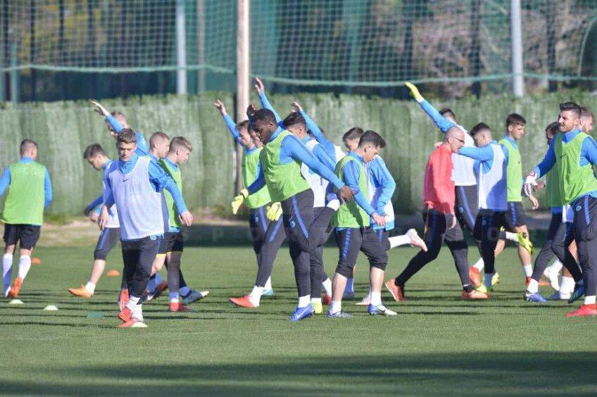 Jucătorii de la FCSB trag tare în cantonament // FOTO: Cristi Preda