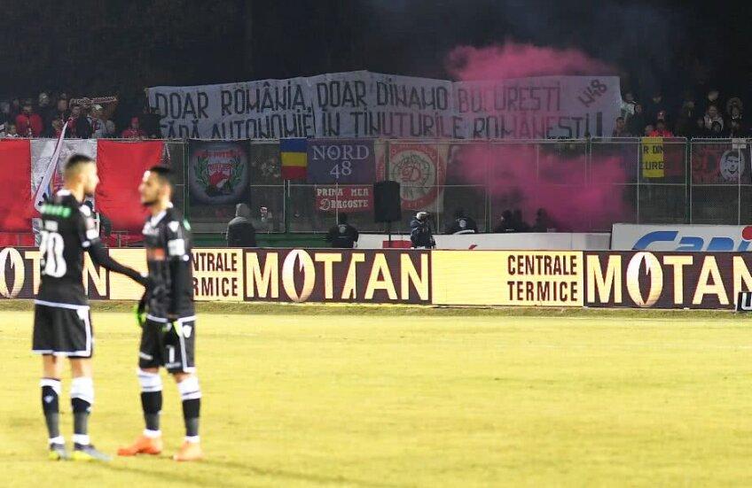 Banner al dinamoviștilor la Sepsi - Dinamo 0-1 FOTO: Raed Krishan