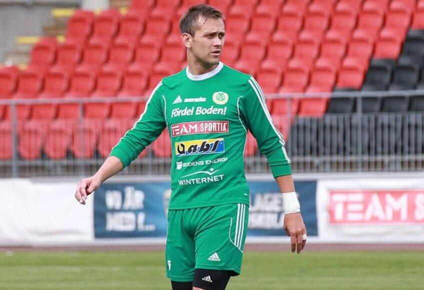 Dacin pe vremea când încă juca, la Bodens, în liga a patra suedeză