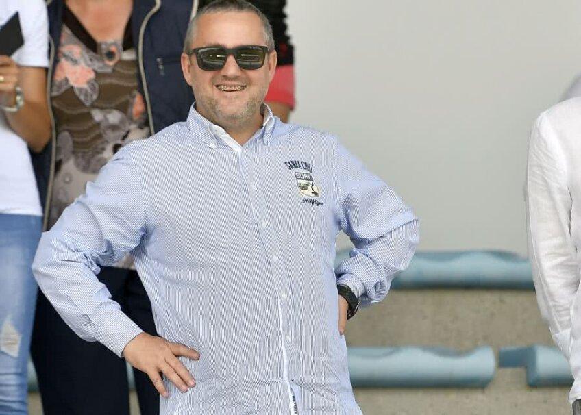 Una dintre foarte puținele fotografii cu Mihai Rotaru, o apariție extrem de rară în spațiul public / FOTO sportpictures.eu