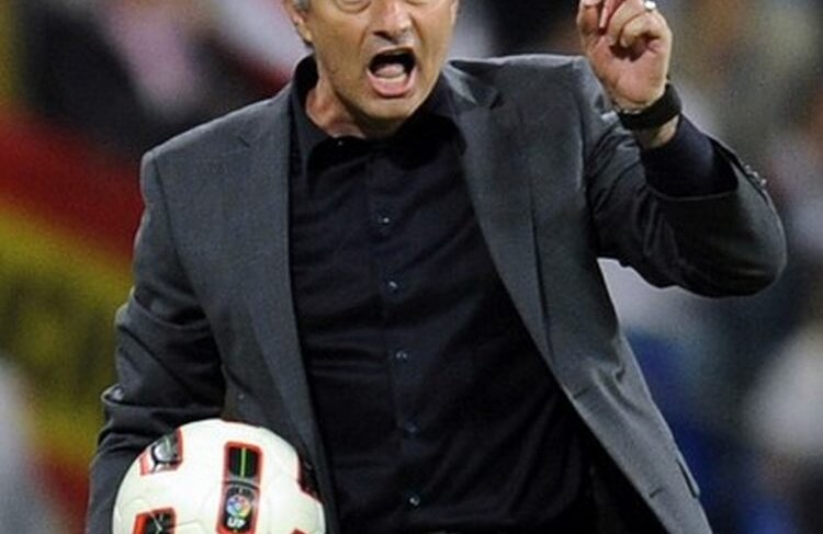 Mourinho a criticat arbitrajul după Real - Barcelona 1-1