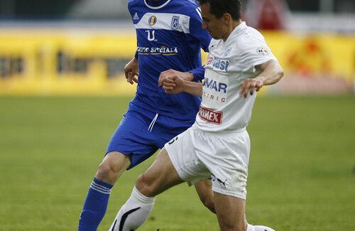Mihai Costea ar putea să o ajute pe Steaua etapa viitoare, cînd Craiova va evolua cu Gaz Metan