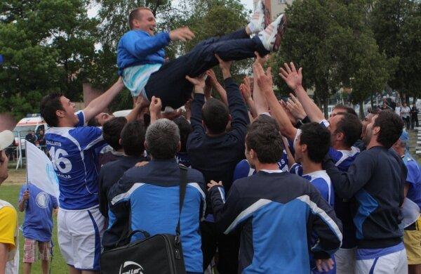 Lincar a trăit în aer bucuria promovării în Liga a 2-a Foto: Telegraf (Constanţa)