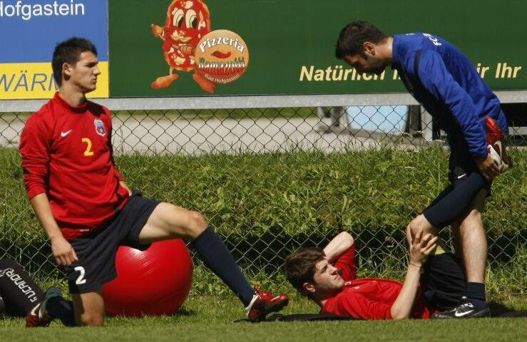 Matei şi Răduţ nu au făcut niciun antrenament cu mingea de cînd au ajuns în Austria