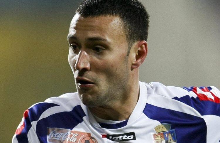 Axente e ultimul fotbalist al Timișoarei care a primit o ofertă concretă de transfer. Bănățenii nu-l dau, așteptînd o decizie în regim de urgență de la Lausanne